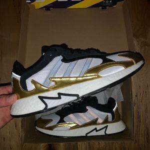 Adidas TRESC RUN $130 2019 BOOST White Black Gold